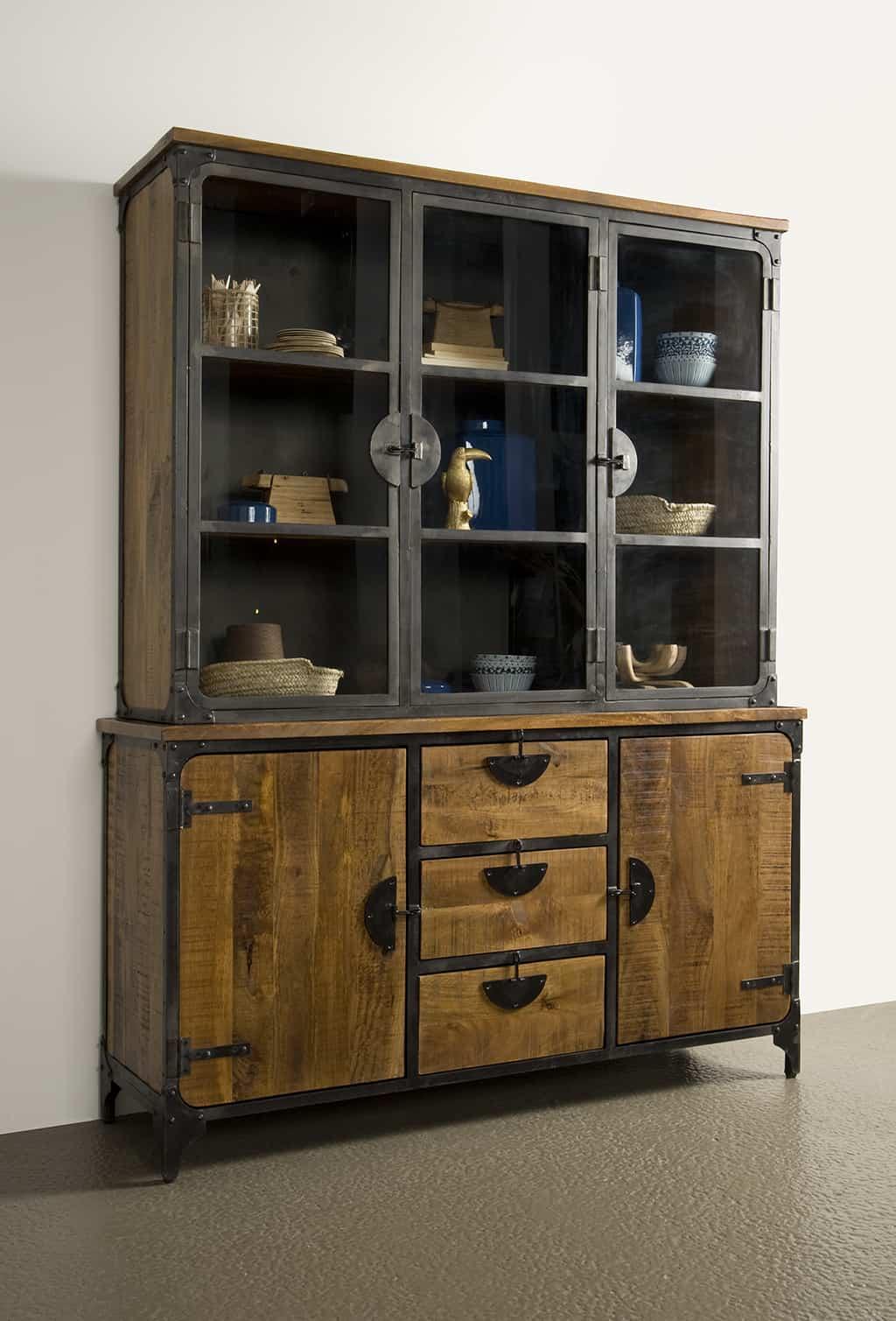 Basto-vitrinekast-160-cm-sfeer